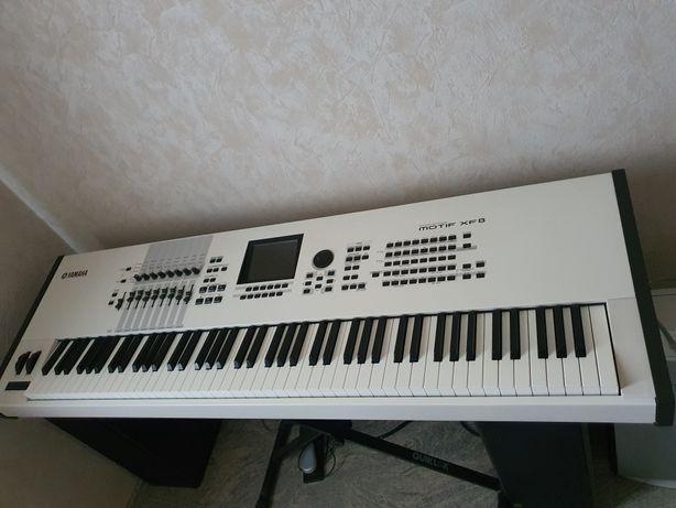 Yamaha xf8 рабочия станция, пианино