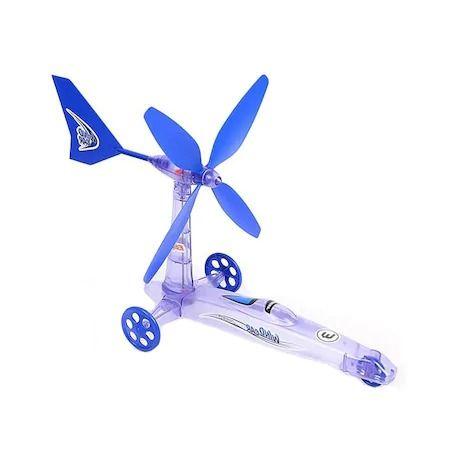 Masinuta de jucarie care functioneaza cu puterea vantului / eoliana