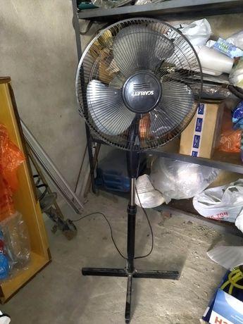 Продам вентилятор Scarlett.