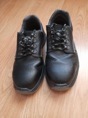 Pantof de lucru  NOU