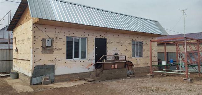 Продам дом 55 кв свет, вода, газ,септик.Хоз построики сораи зимни летн