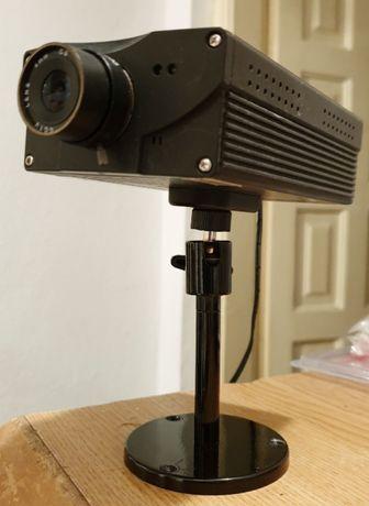 5 camere video cu alimentatoare