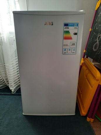 Продам холодильник АRG
