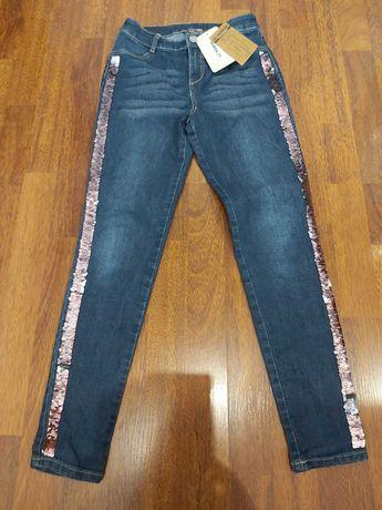 Нови дънки за момиче р-р 146-152 - 12лв.