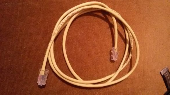 кабел (от рутер към комп.)