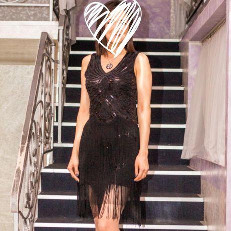 Хит новогоднего корпоратива - платье с пайетками