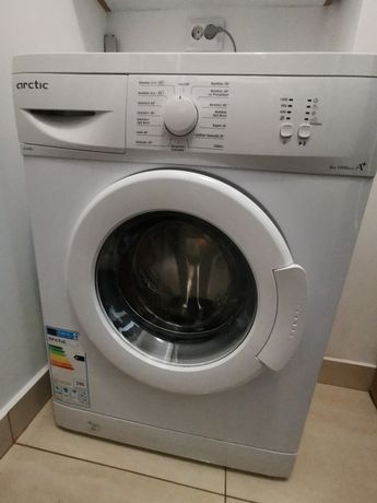 Vând Mașină de spălat rufe Arctic