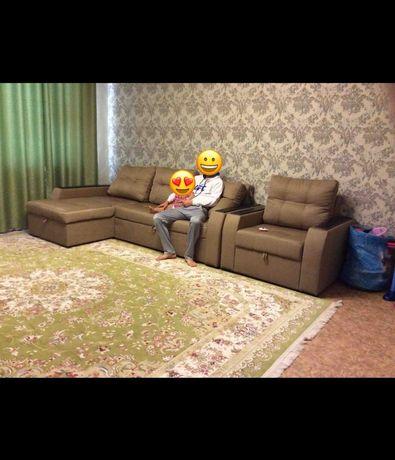 Продам Г образный диван с креслом