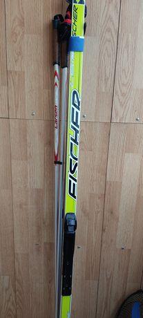 Продам лыжи с палками