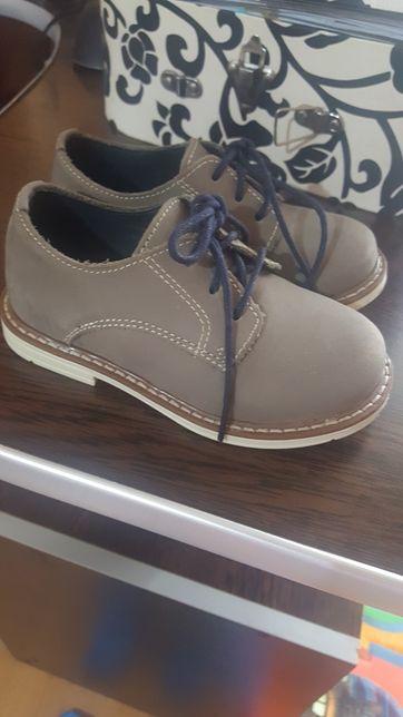 Pantofi next