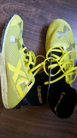 Продавам обувки за бягане