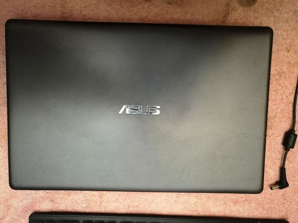 Dezmembrare Asus X550C