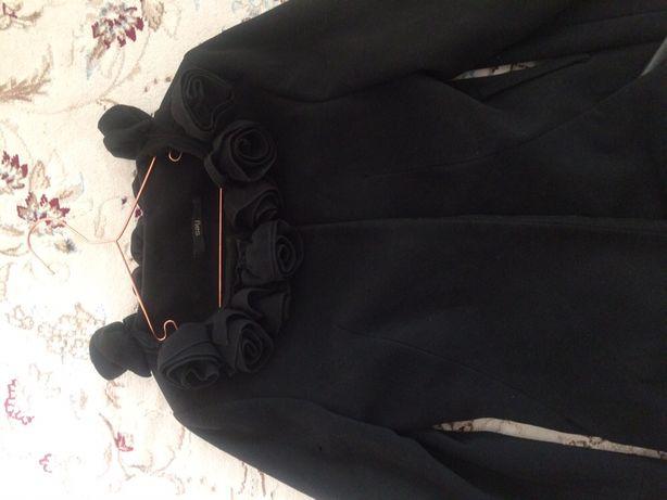 Продам турецкое пальто и пальто зимнее от Zara хорошего качества
