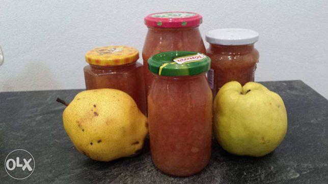 Gem de gutui cu pere , cireșe, prune.