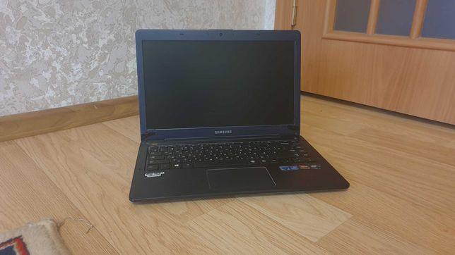 Ультрабук core i5+мощная видеокарта amd 8750 2 гб