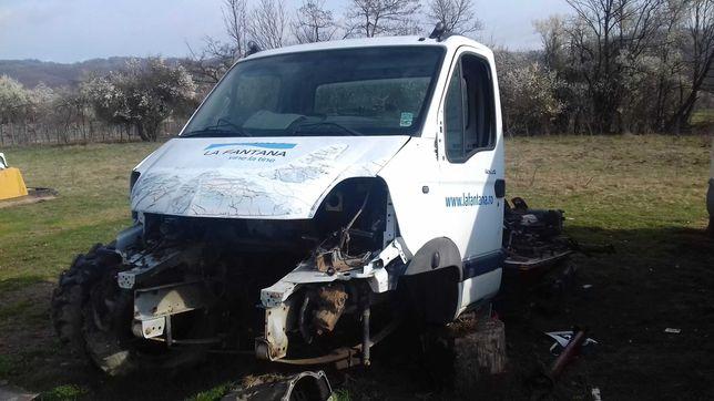 Dezmembrez Renault Mascott euro 4