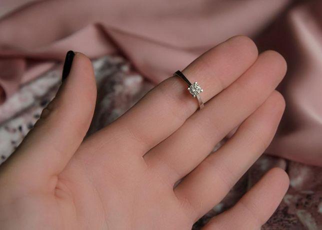 Кольцо с бриллиантом, золото 750 Россия, вес 3.73 г. «Ломбард Белый»