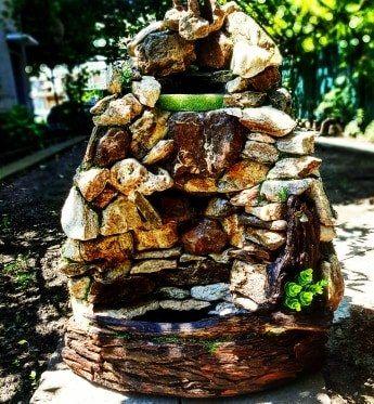 Fântâna - cascadă din pietre naturale! Decorare !!!