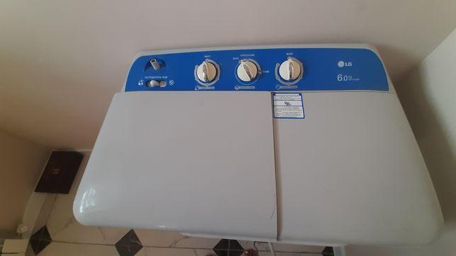 Продаётся стиральная машина полу автомат б/у