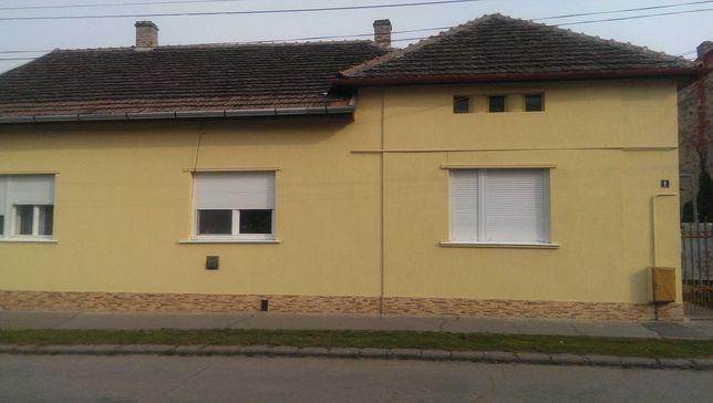 Casa de vanzare in zona centrala