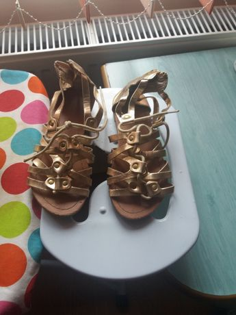 Sandale gladiator nr 30 aurii