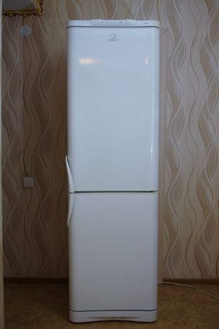 Продам холодильник Indesit, 195 cm