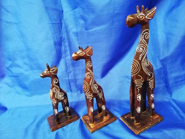 Vand lot 3 girafe vintage realizate manual din lemn de balsa