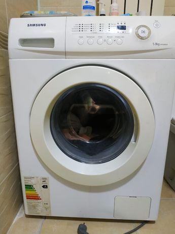 Продам стиральную машину, в хорошем состоянии. Произв. samsung 5 кг