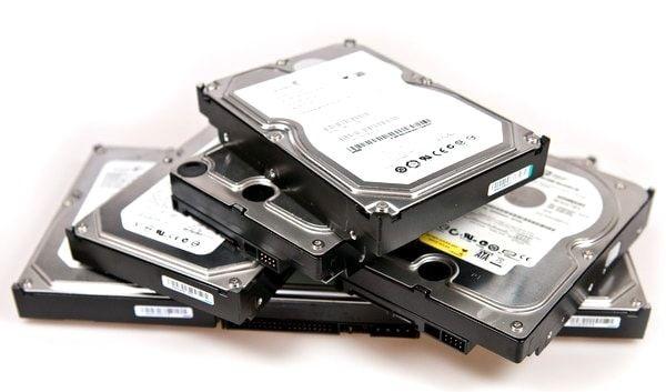 "Hard disk-uri computer 3,5"" si Laptop 2,5 """