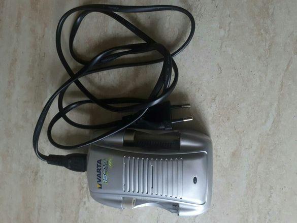 Зарядно за батерии VARTA