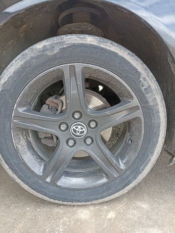 Диски (Toyota Camry) R17 обменяю на R16