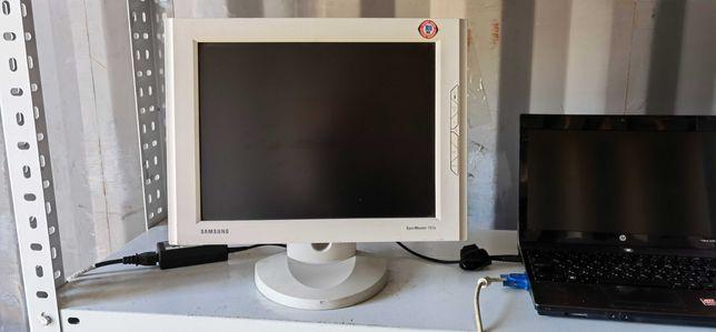 Продам мониторы 15` по 2000 тнг.