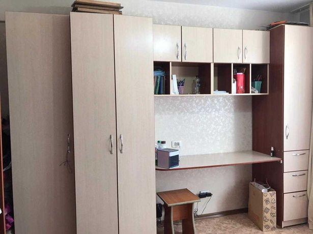 Продам мебель в детскую комнату для школьников