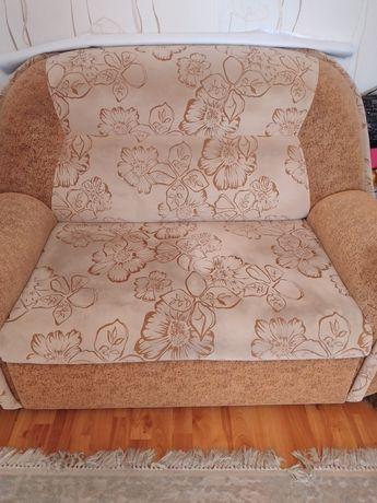 Продаётся  малый диван