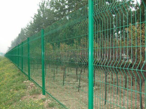 Panou gard bordurat / plasa verde, toate dimensiunile + stalpi verzi !