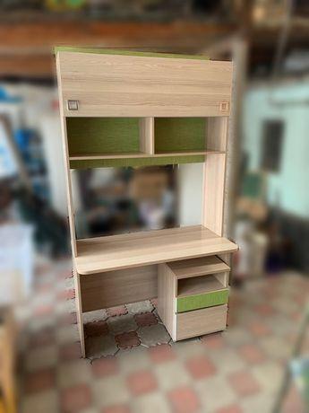 Комплект стол, шкафчик, тумбочка