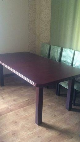 Продается стол с 12 стульями