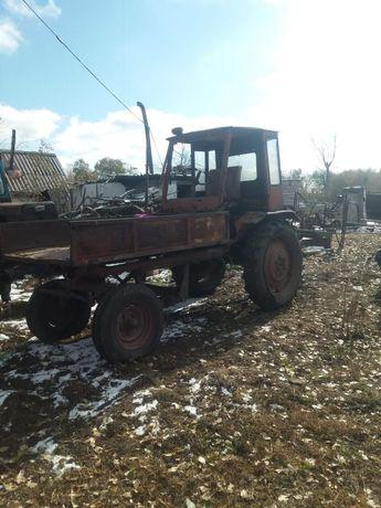 Продам трактор т16 на ходу документы есть