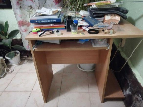 Дървено  бюро, втора употреба