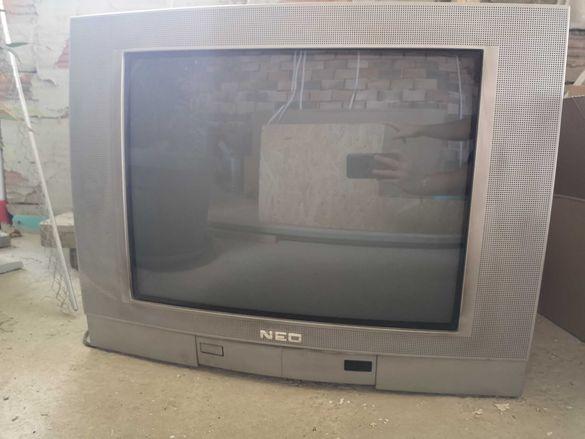 Телевизор NEO 21 инча
