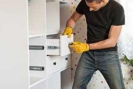 замена фурнитур..ремонт мебели.. сборка мебели