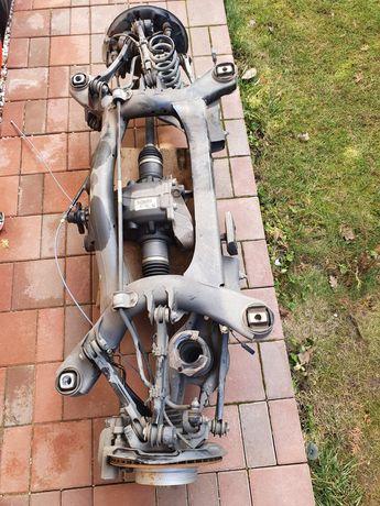 Punte spate BMW F30 Seria 3, bascula, articulatie brate spate BMW F30