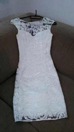 Rochie cu paiete foarte frumoasa