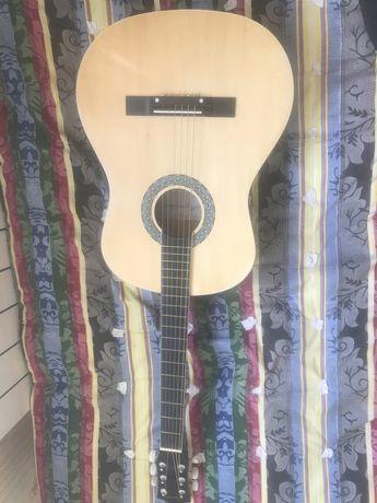Гитара хорошая