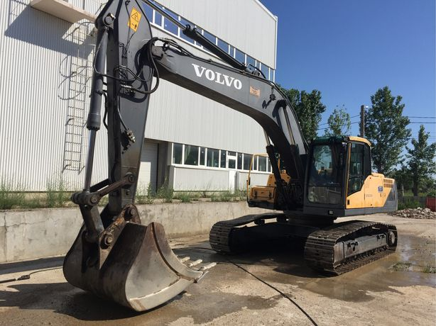Inchiriez excavator Volvo