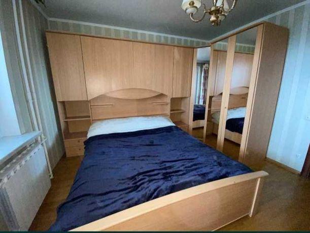Продам мебель для спальни тумбы шкаф