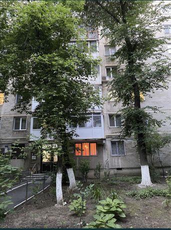 Vand apartament 3 camere Drumul Taberei 34