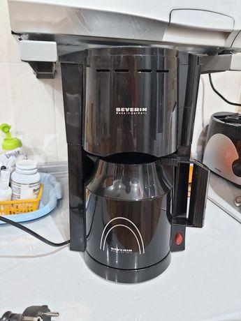 Кофеварка Черная
