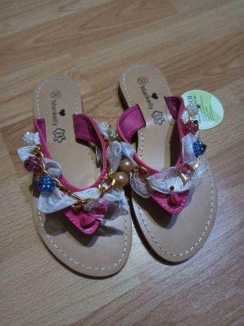 Papuci noi fetițe mărime 32