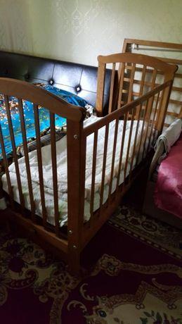Манеж-Кровать маятник продам!